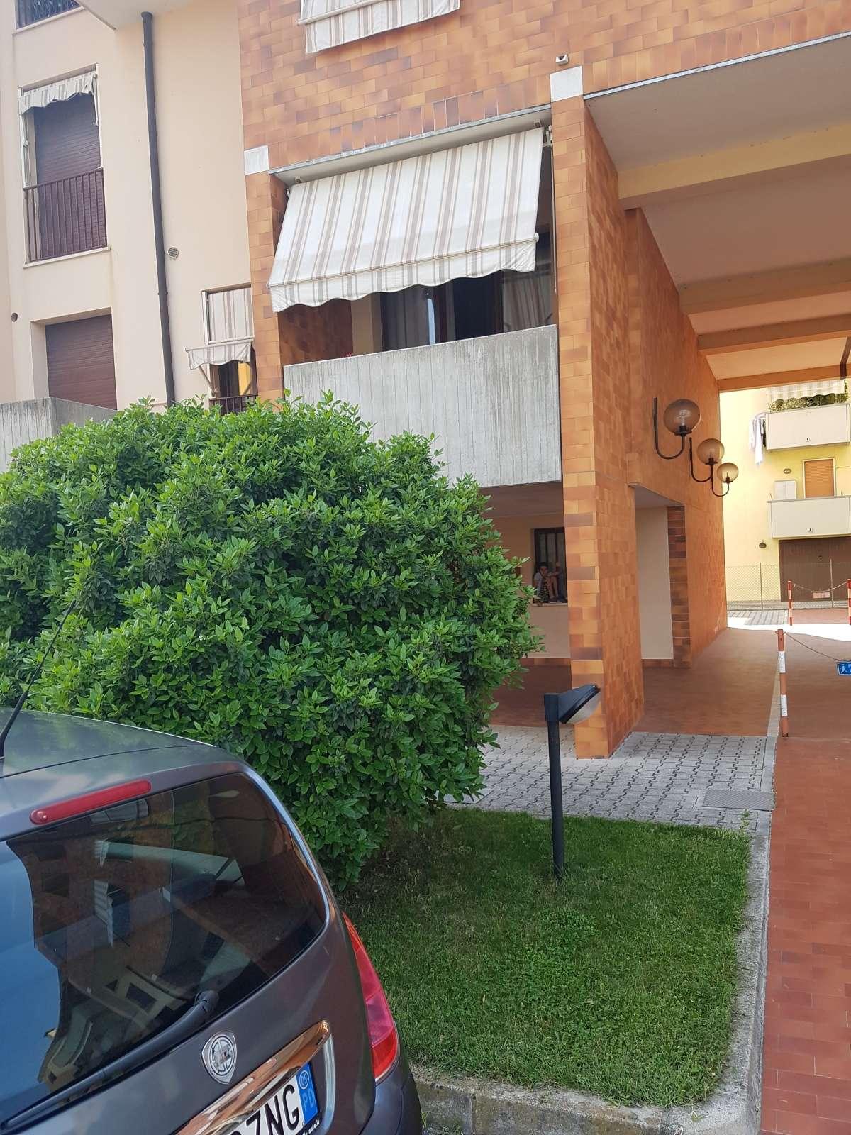 Installazione e consegna tende da sole - Padova